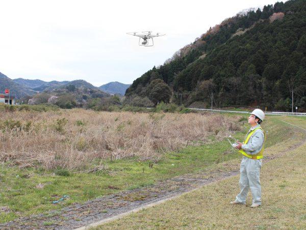 市川水系 振古川 UAVを活用した河川点検・監視業務